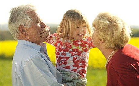 single grandparents raising grandchildren Children whose grandparents assume the role of raising them face vastly different challenges compared to children who live with their parents and grandparents but in homes with a single parent and grandparents, the grandparent is more likely to own the home, suggesting that the parent moved into the.